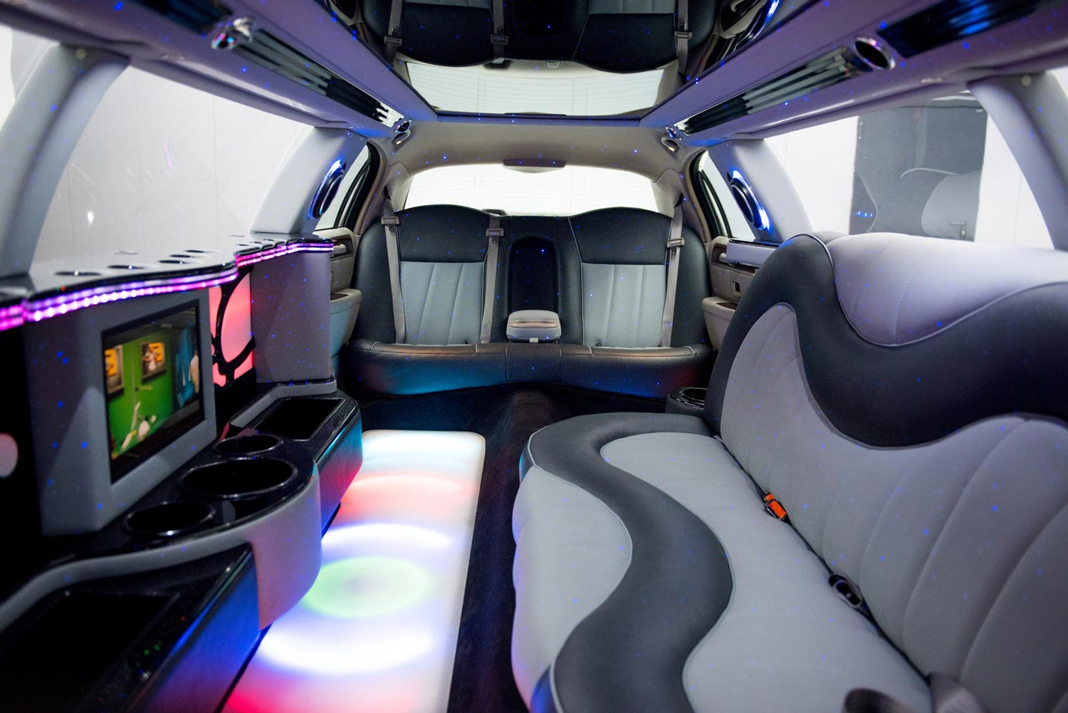 Lincoln Towncar Stretch limousine interior