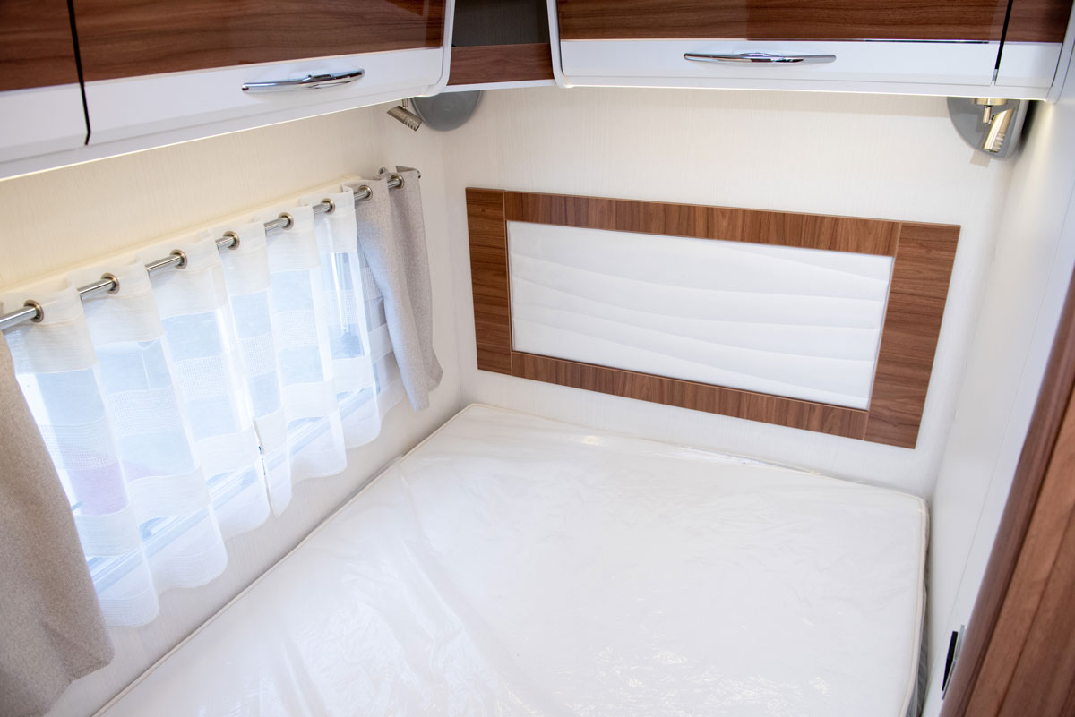 Separate bedroom in Campervan